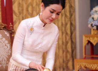 """""""Biến"""" hậu cung: Hoàng quý phi Thái Lan bị tung ảnh nhạy cảm"""