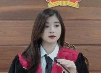 """Thêm một """"hot girl thẩm phán"""" xinh đẹp khiến CĐM xao xuyến"""